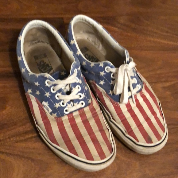 0ddc52ef80519d ... American Flag Print Vans Classic. M 5b9454050cb5aa29e978f17e